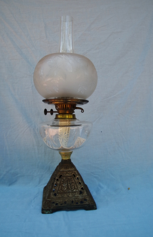 Victorian Oil Lamp With Cut Glass Font Sold